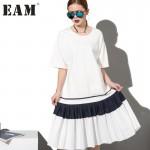 2017 Fashion New simple Black White stitching loose BIG dress female organ pleated hem wholesale Woman W0070