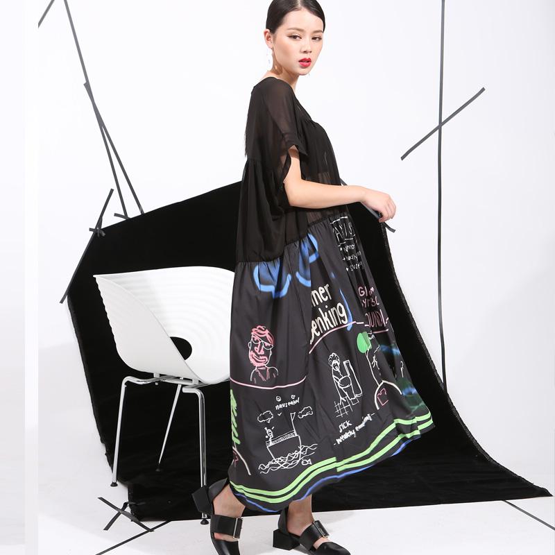 2017 Summer Models New Graffiti Print Loose Plus Size Big Swing