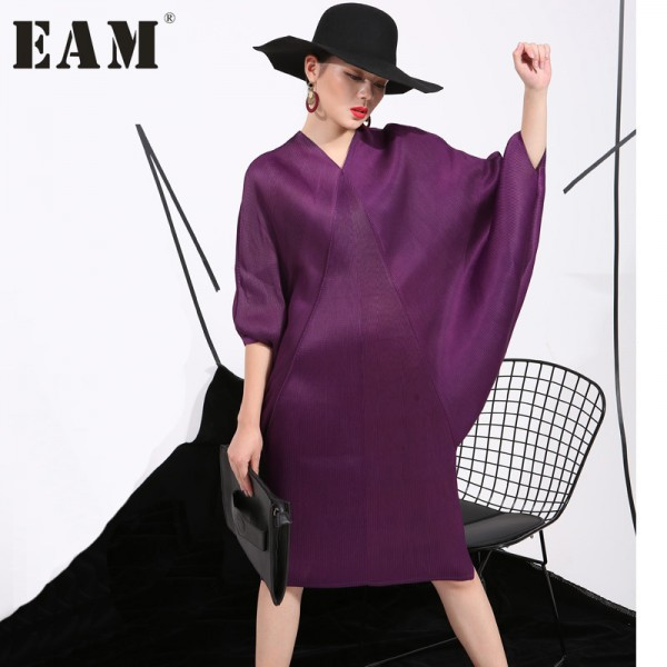 2017 summer new crimp pattern bat sleeve design big pull loose large size solid color dress women fashion FU11191
