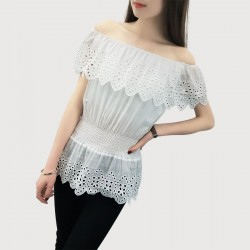 2017 Summer Style Women Shirts Blouses Short Sleeve Off The Shoulder Tops Chiffon White Top Plus Size Blouses Lace Embroidered