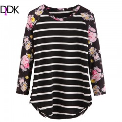 DIDK Autumn Woman Casual Tee Shirt Ladies Round Neck Long Sleeve Black Striped Floral Print Contrast Raglan Sleeve T-shirt