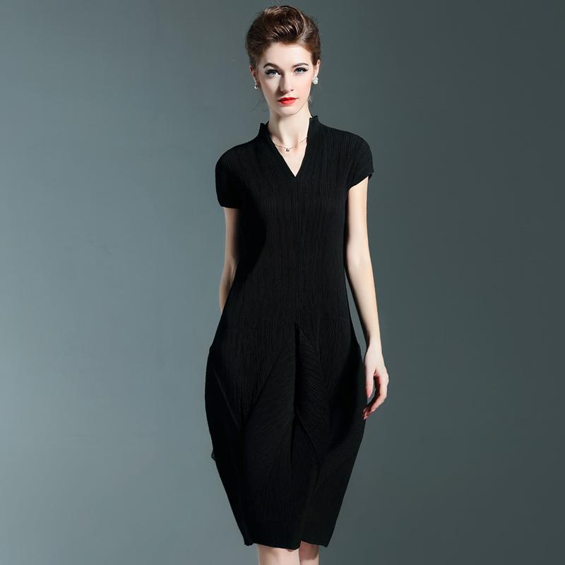 Plus Size Dress Women Summer Fashion V Neck Short Sleeves Solid